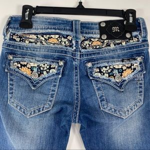 Miss Me cuffed capri flower jeans size 26